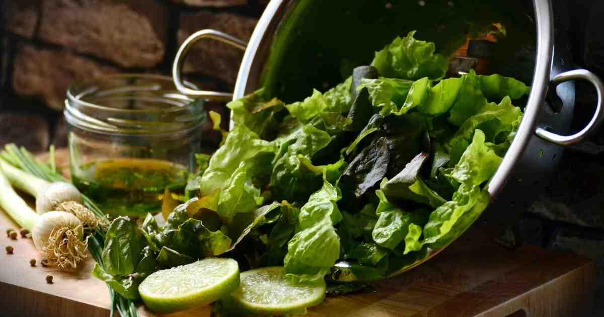 Comment bien laver une salade ?